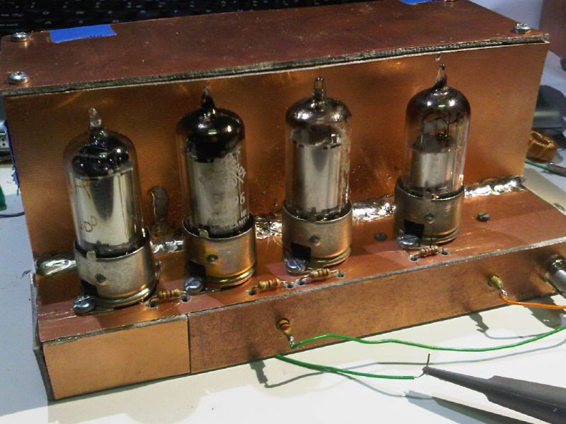 You are browsing images from the article: Battery tube mixer VFO